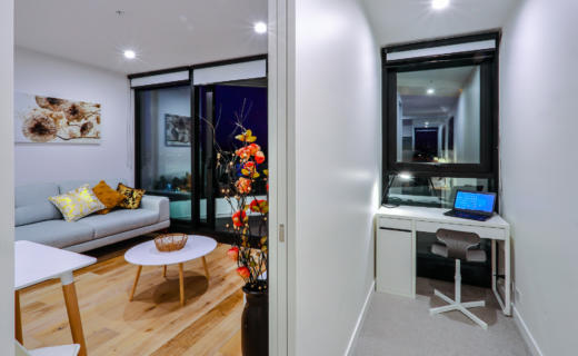 Glen Waverley O'Sullivan 1 bed corporate apartment study