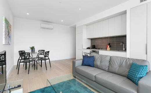 Adelaide King William 1 bed corporate apartment lounge
