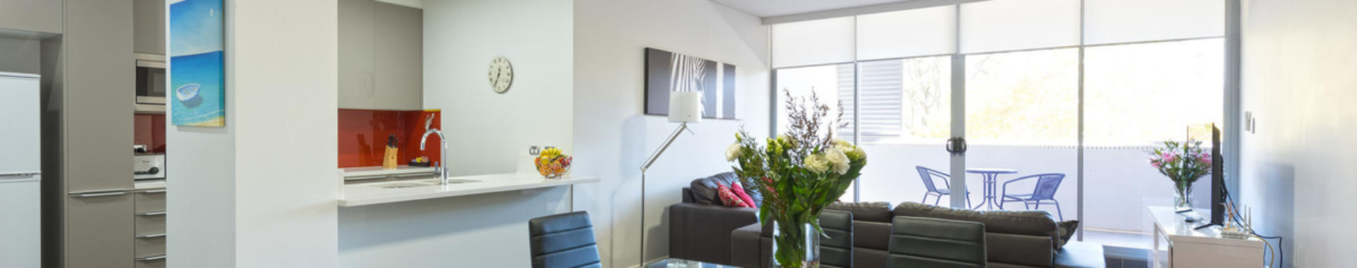 NorthSydney Miller 2 bed corporate apartment dining