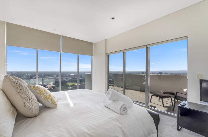 Perth AdelaideTerrace 3 bed corporate apartment bedroom