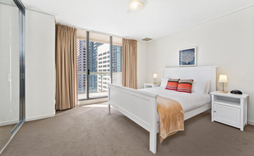 Sydney Pitt 1 bed corporate apartment bedroom