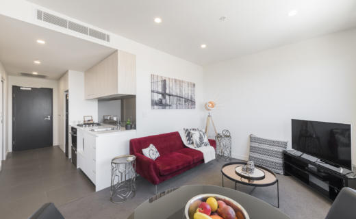 Newcastle Shortland 1 bed corporate apartment lounge
