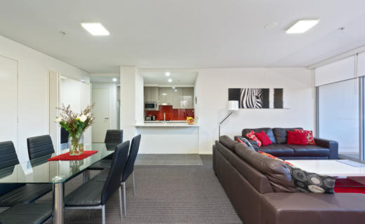 NorthSydney Miller 2 bed corporate apartment dining lounge