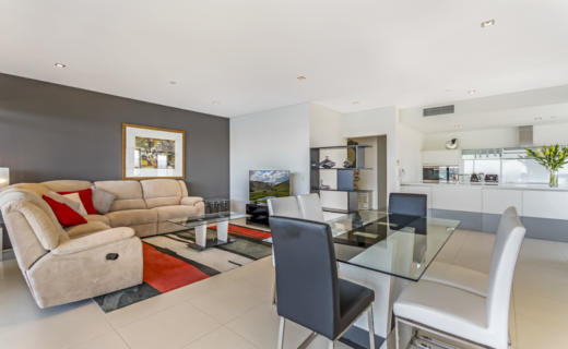 Perth AdelaideTerrace 3 bed corporate apartment lounge
