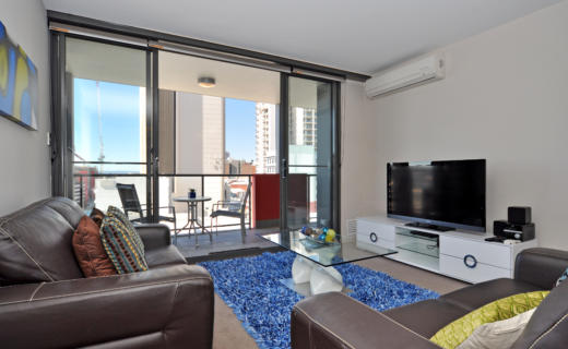 Perth Milligan 2 bed corporate apartment lounge