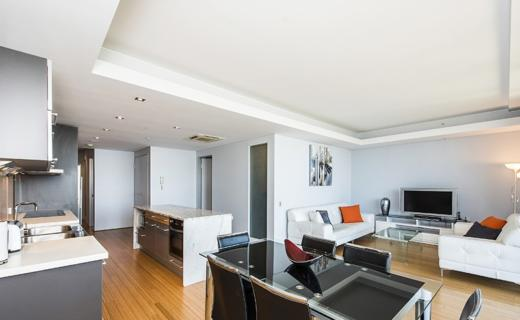 Perth StGeorge 2 bed corporate apartment lounge
