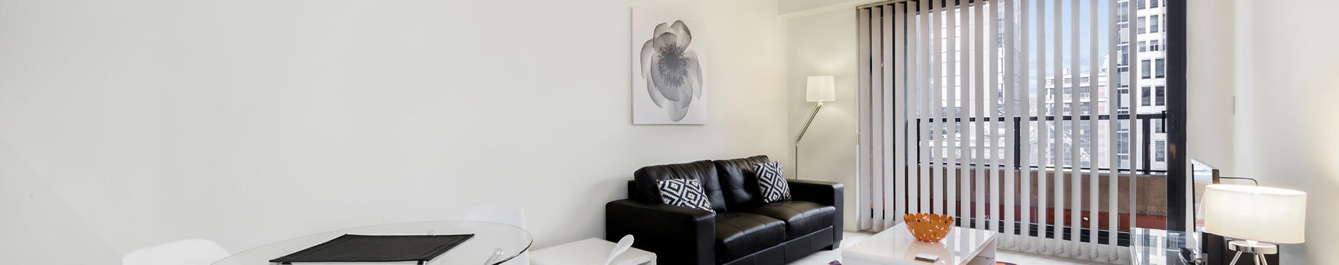 Sydney Hosking 1 bed corporate apartment dining lounge