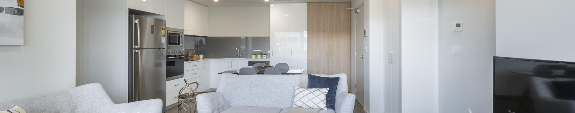 Newcastle Llewellyn 2 bed corporate apartment open plan
