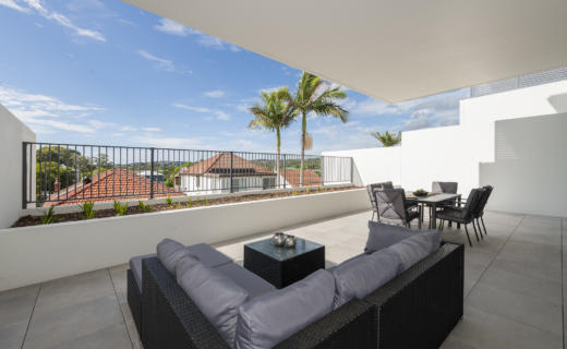 Newcastle Brunker 2 bed corporate apartment balcony