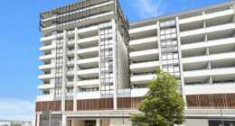 Sutherland Village Place 1 bed study corporate apartment external