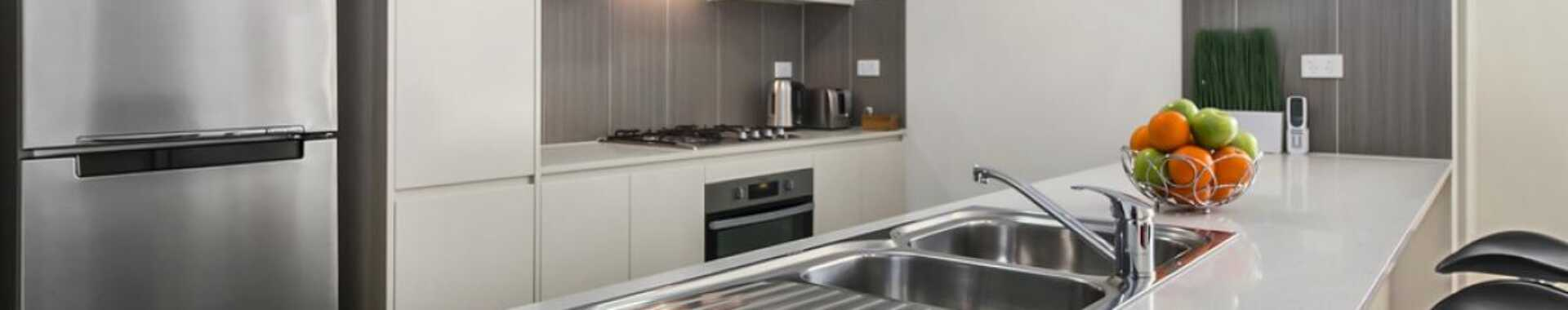 Liverpool 1 bed corporate apartment kitchen
