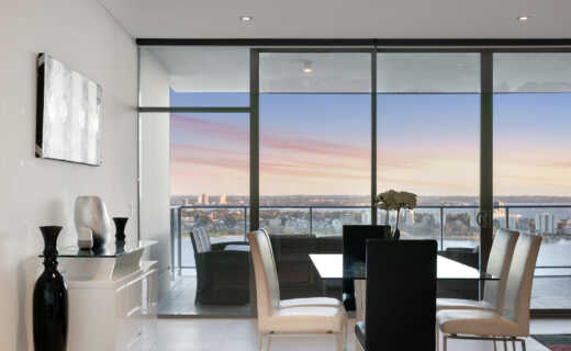 Perth, Adelaide Terrace Corporate Apartment dining